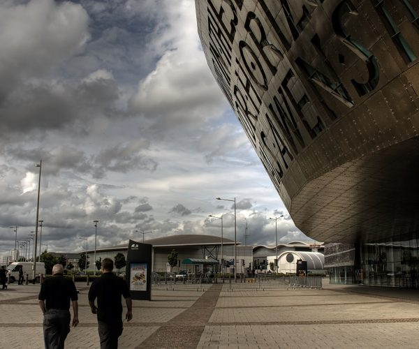 http://www.peartreelanguages.com/wp-content/uploads/2018/04/Copy-of-Cardiff-Millenium-Centre-600x500.jpg